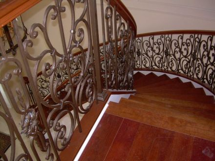 Curved Iron Scroll Staircase 15